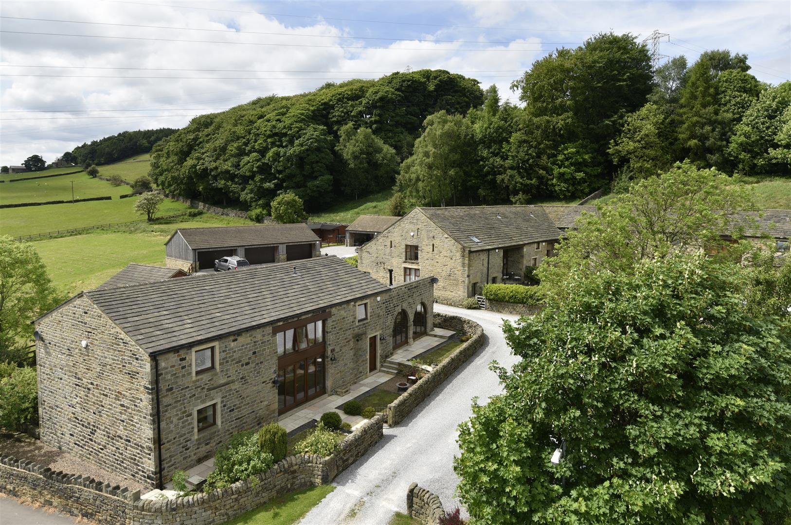 Blantyres Barn, Hill End Lane, Harden, Bingley, BD16 1DE